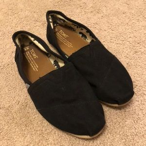 Toms Black Shoes